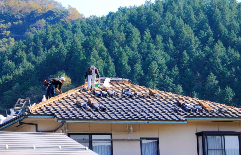 屋根瓦の工事画像