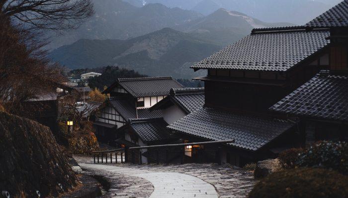 屋根瓦の画像